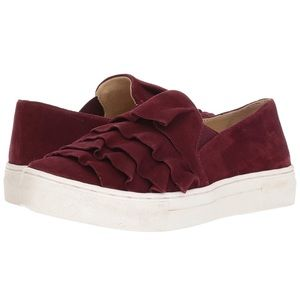 Women's Seychelles Quake Suede Sneakers, Size 6 M